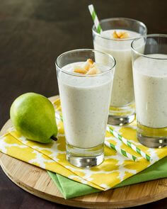 Milky coconut smoothie with pear toppings