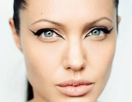 Actress Angelina Jolie wears her sexy cat eye eyeliner and signature nude full lips