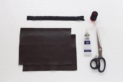 Materials to make the handbag