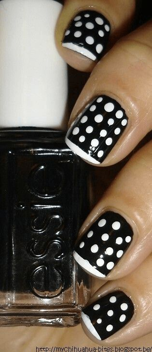 Polka nails in black and white