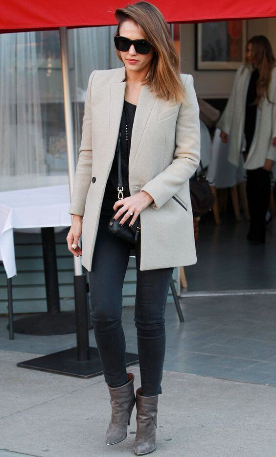 Jessica Alba in grey and black color outfit