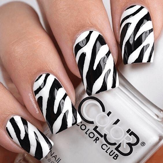 Glossy zebra nails