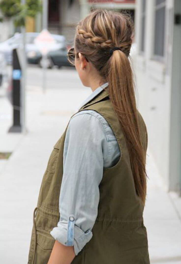 Adorable side braids in a half-up, half-down look