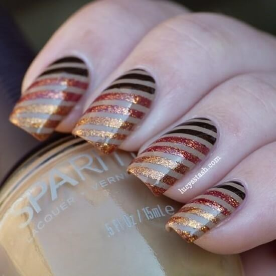 This fall ombre nail look is interesting and on-trend.