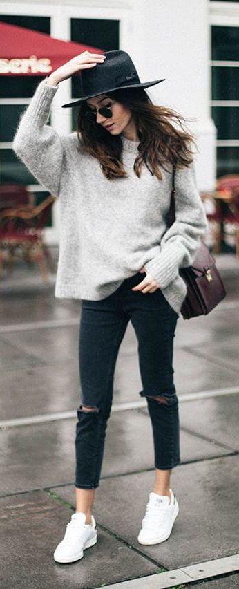 1abe8e8082f Oversize sweater with black fedora style hat and rounded sunglasses  boho  chic!