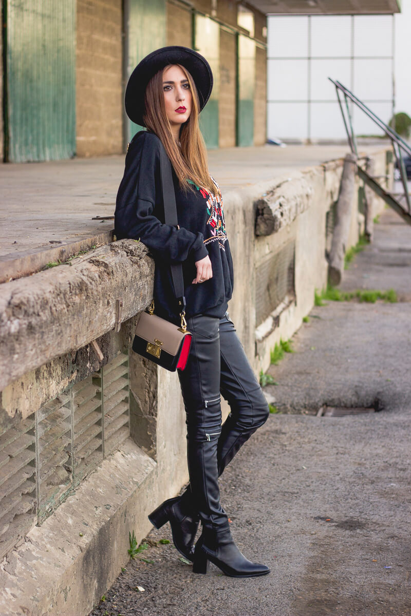 10008aa9fa8 26 Great Fall Outfits  Ideas To Try Already This Autumn Winter ...