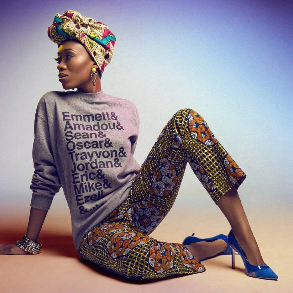 Get inspired by this amazing African-style look and wear your scarf as a turban.