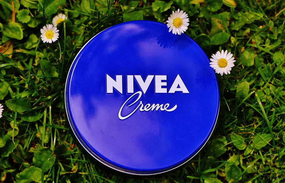 blue tin of Nivea Cream