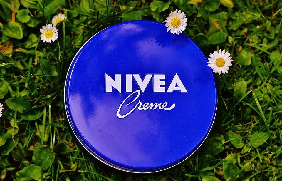 blue tin of Nivea Cream
