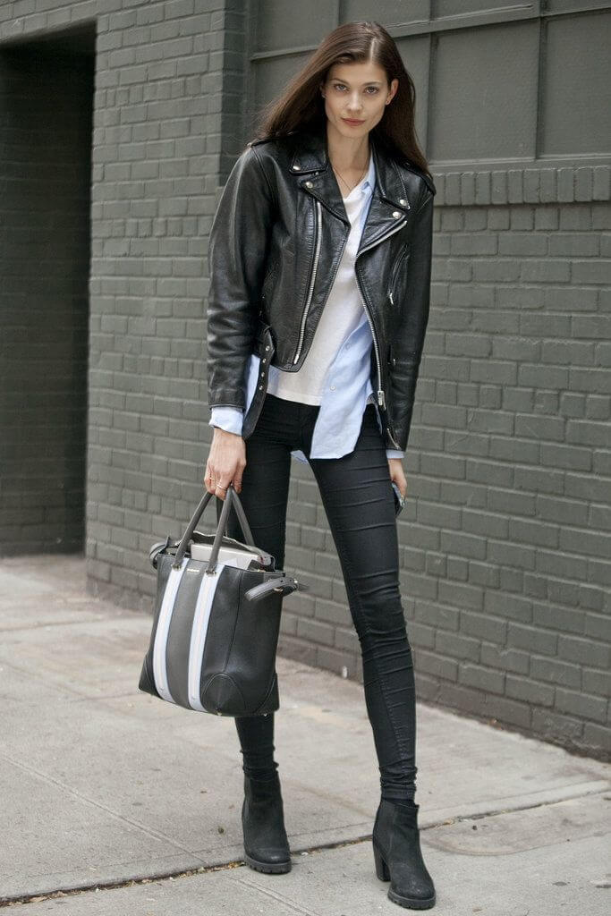 This modern rocker chic look is such a cool option for winter.