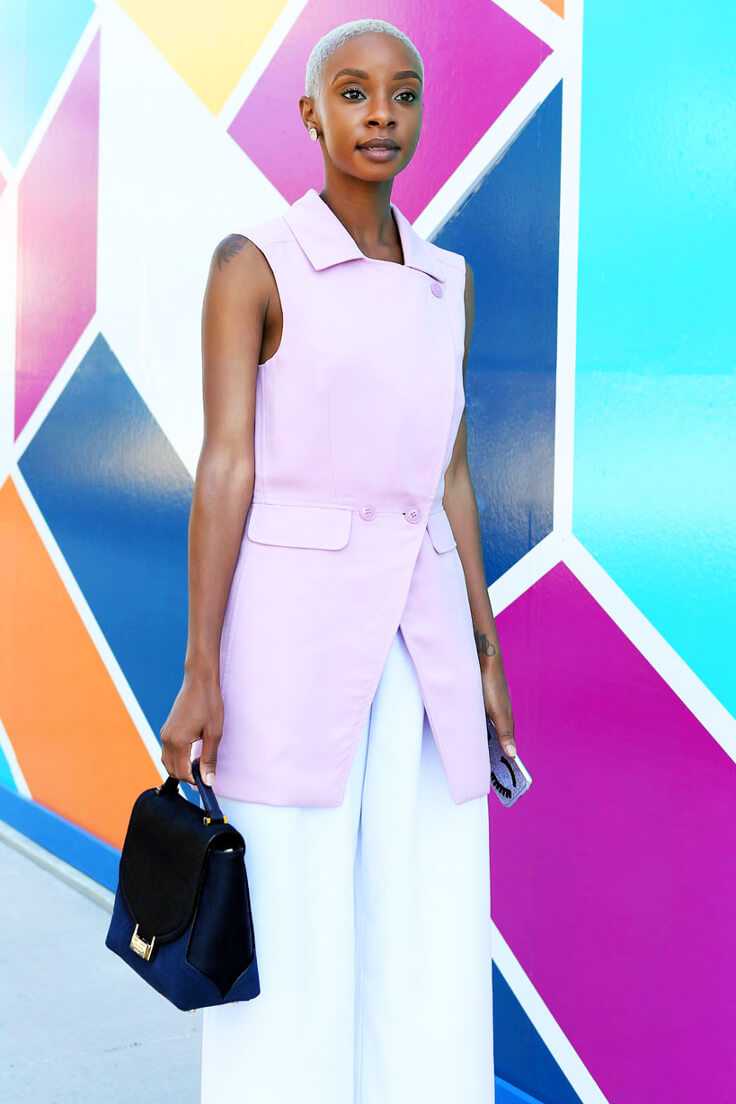 Who said you couldn't do color block while wearing pastels? This modern lady killed it with this edgy vibe look!