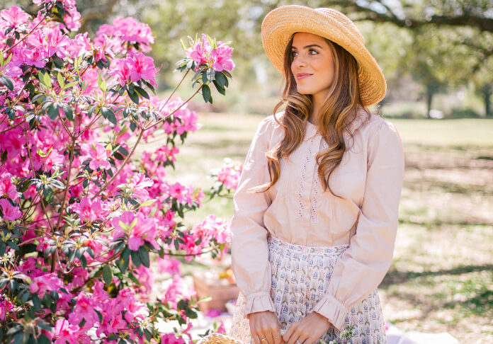 Embrace the spring breeze in this uber ladylike outfit, as nothing channels Provence Chateau chic more than this!