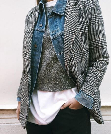 The blazer doesn't have to be worn only over shirt or tee but over sweater and denim jacket as well.