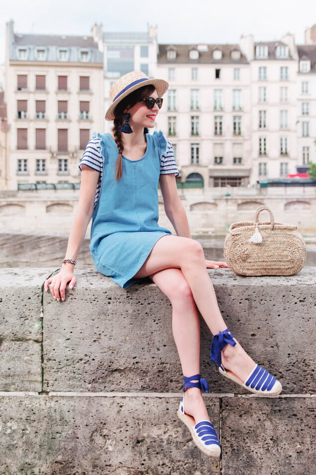 Denim and stripes make the best girl next door combo for summer if you ask a Frenchie!