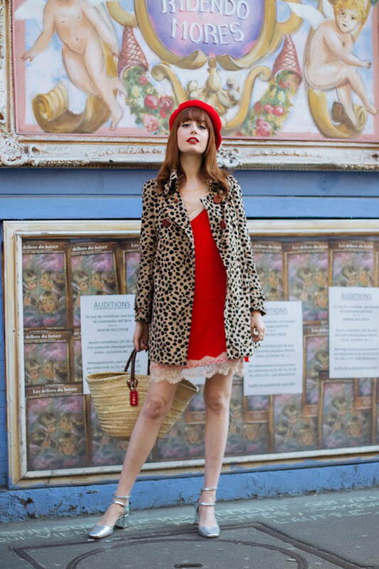 The French twist is not about minimalism in this instance of it. Evoke the boudoir femme fatale with a vintage touch! Check this stylish woman in the leopard short coat