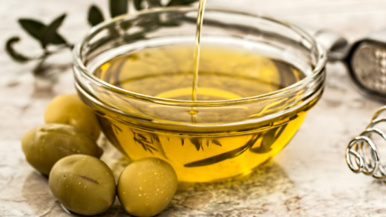 In-depth guide about olive oil and its uses for skin and hair care: acne and skin eczema treatment, using olive oil for face wrinkles and hair growth.