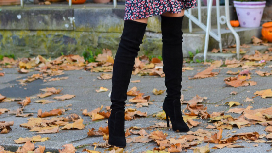 Thigh-high boots are one of the most stylish items at the moment. Wonder how to style them? #highboots #thighboots #bootsoutfits