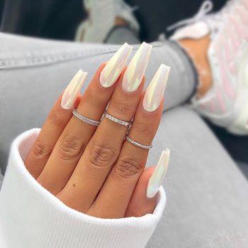 Coffin nails or ballerina nails