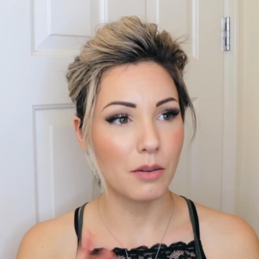 Woman with perfect updo for short hair. Step-by-step tutorial